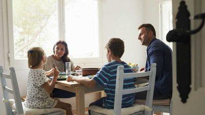 """Cuarentena: """"Es importante volver a abrir canales de conversación con la familia"""""""