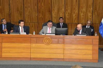 Senado rechaza que se unifiquen elecciones en el 2023 y decide prorrogar para el año que viene las municipales