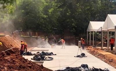 HOY / Covid-19: Rápida construcción de los dos hospitales de contingencia