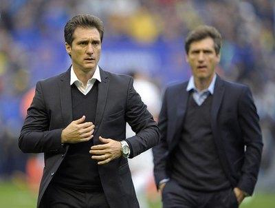 Barros Schelotto elogió al fútbol paraguayo y a dos albirrojos