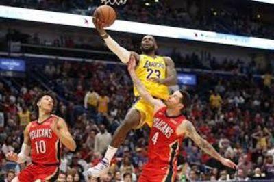 Jugadores de Lakers y Nets acaban cuarentena sin síntomas