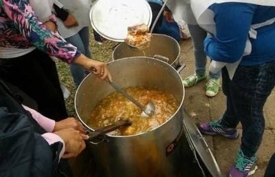 HOY / Pastoral Social impulsa campaña para brindar un plato de comida familias de escasos recursos de Asunción