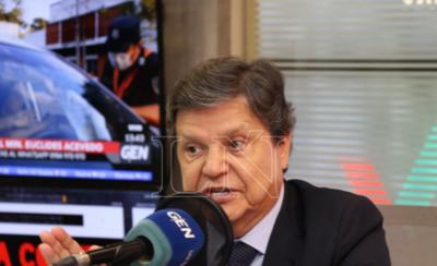 """HOY / Acevedo anuncia incautación de vehículos de """"personas insensatas"""""""