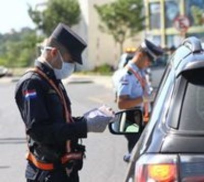 "Acevedo advierte ""mano dura"" incautando vehículos de insensatos"