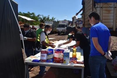 """Comerciantes siguen entregando ALIMENTOS a trabajadores """"DESOCUPADOS"""""""