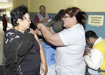 Vacunación contra influenza se hará por etapas para evitar aglomeraciones