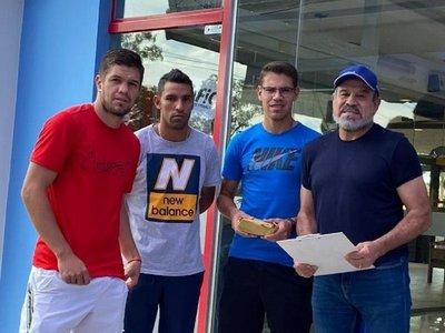 Rogelio Delgado explica la situación de dos clubes que adeudan salarios