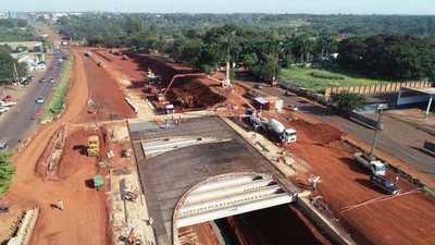 Intensifican cargamento de hormigón en puentes del Multiviaducto de Ciudad del Este