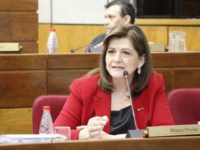 """""""Tenemos un Estado kachiãi"""", lamenta la senadora Blanca Ovelar"""