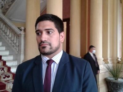 Secretario Privado tildó de 'oportunista' a Sergio Godoy: 'buscan manchar la imagen y gestión del Gobierno'