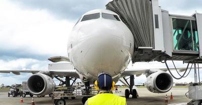 Latam solo operará el 5% de sus vuelos de pasajeros en abril