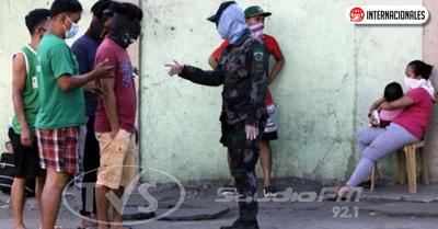 Presidente de Filipinas ordena disparar a matar a los que violen la cuarentena