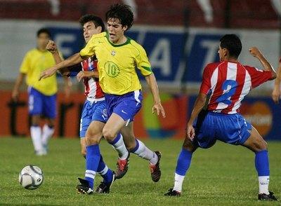 Exitoso como futbolista y entrenador, 'Chiqui' cumple 49 años