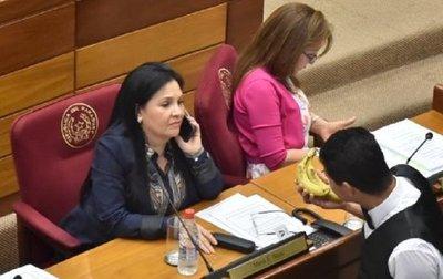 Senadora afirma que cumplió con cuarentena