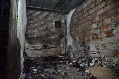 Incendio consumió una humilde vivienda en Capiatá