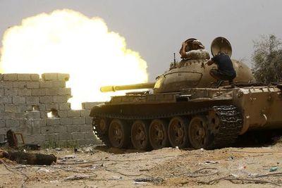 Un año de guerra fratricida en Libia