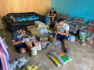 Grupos se solidarizan con familias afectadas y reparten víveres