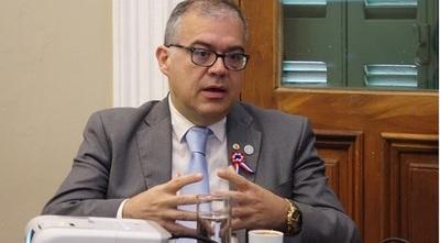 Concejal Ullon presenta proyecto de fortalecimiento del sistema de Salud en Asunción