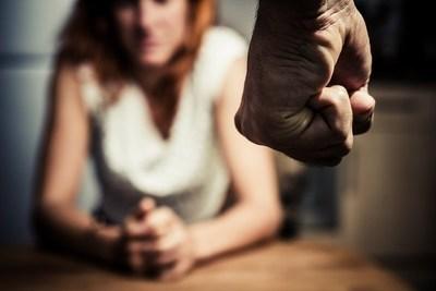 Aumento de casos de violencia doméstica: Recuerdan que servicio para víctimas sigue operando