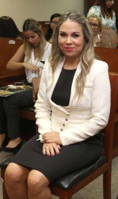 Jueza hermana de senadora Bajac cumplirá cuarentena