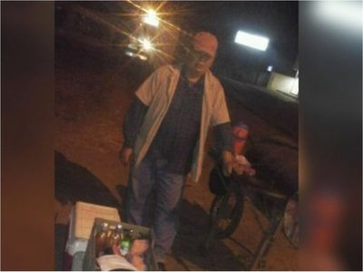 Falleció el asaditero que sufrió un infarto al enterarse que ya no vendería en la calle