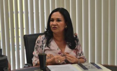 HOY / Ministerio Público imputa a senadora por presunta violación a las medidas sanitarias de restricción