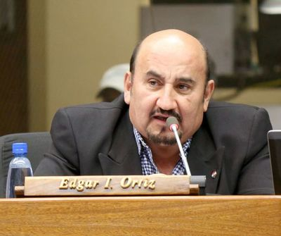 Diputado Ortiz habría atropellado barrera para no someterse a control sanitario