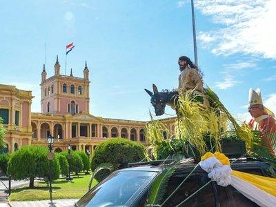 Domingo de Ramos en el centro de Asunción