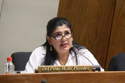 Fiscalía imputa a diputada Del Pilar Medina por violación de la cuarentena