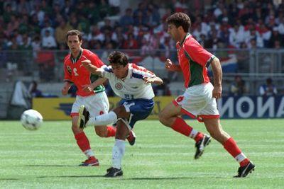 """Carlos Morales Santos: """"Francia 98 es lo mejor que me pudo haber pasado"""""""
