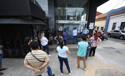 HOY / Paraguay, a las puertas de la mayor pérdida masiva de puestos de trabajo
