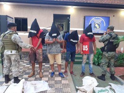 Detención de 4 hombres e incautación de 392 kilos de marihuana en Amambay