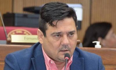 HOY / Senador plantea limitar venta de combustible para cumplir cuarentena