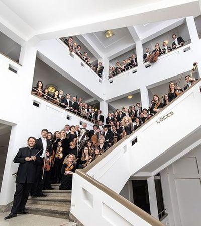 La Orquesta Nacional de Bélgica toca una sinfonía coral por videoconferencia