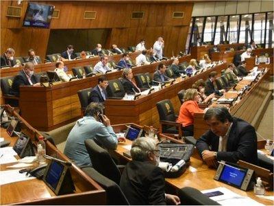 Jueza comunica al Congreso imputaciones contra Bajac y Medina para el desafuero