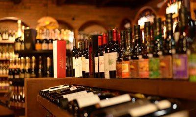 Suspenden delivery de bebidas alcohólicas