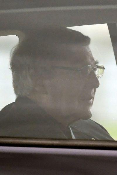 El cardenal acusado de pederastía salió de la cárcel tras ser absuelto