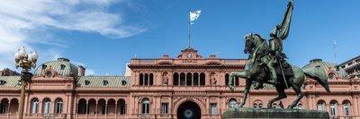 Fitch rebaja la nota de la deuda argentina a «default restrictivo»