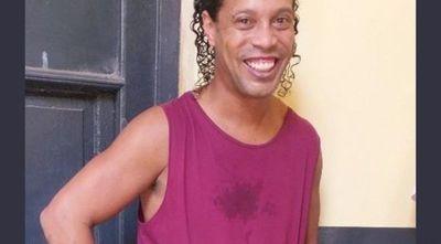 Eliminarían a Ronaldinho del FIFA 2020 por estar preso en Paraguay