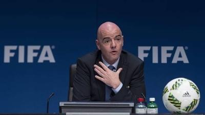 """HOY / FIFA propone que los contratos se amplíen hasta la """"conclusión real de la temporada"""""""