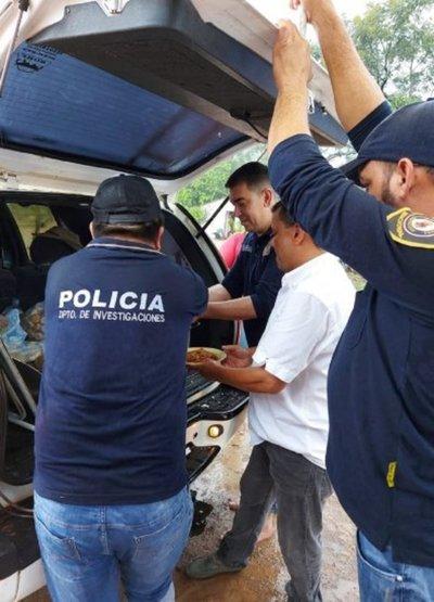 Agentes policiales en Coronel Oviedo ofrecieron olla popular sobre ruedas