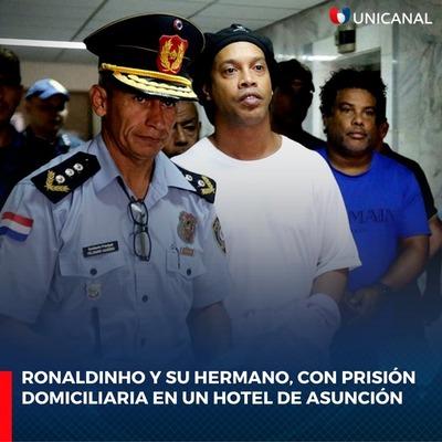 Dictan prisión domiciliaria para Ronaldinho