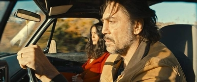 "HOY / ""The Roads Not Taken"", con Javier Bardem y Salma Hayek, se verá en streaming"
