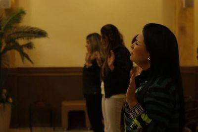 Iglesia de la senadora Bajac recibe fondos del Estado paraguayo