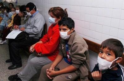 Lucha contra Covid-19: recuerdan que influenza mató a 120 y ahora entra en escena