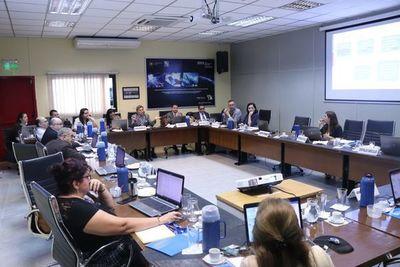 Investigadores paraguayos implementan acciones para evitar propagación del coronavirus
