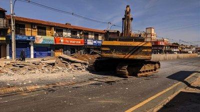 Demolición de paradas del metrobús podría culminar este fin de semana