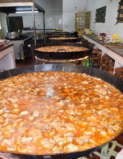 Primera dama anuncia 2000 platos diarios para zonas vulnerables