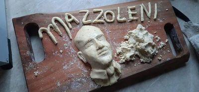 Chipa apo creativo con el COVID-19 y Mazzoleni como protagonistas