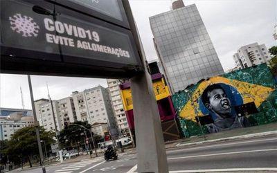 """S&P rebajó su perspectiva de economía brasileña a """"estable"""""""